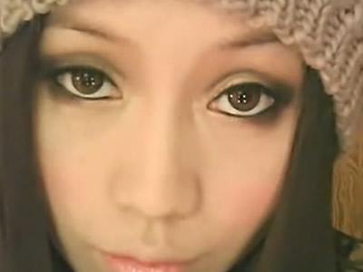 美容化妆冬日大眼娃娃妆