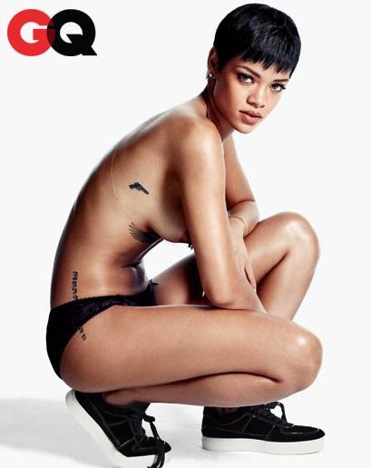 蕾哈娜越脱越大胆,全裸登上GQ2012年12月刊,胴体火辣诱人,无底裤or无上装拍摄时尚写真。