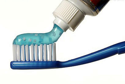 牙膏中的湿润剂