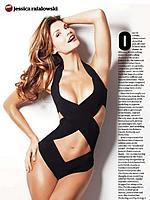 美国小姐杰西卡性感来袭 双色绷带装遮胸晒曲线