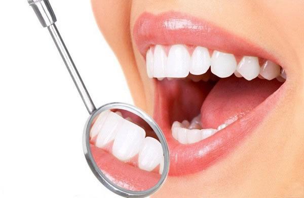 洗牙到底会不会对牙齿造成伤害呢