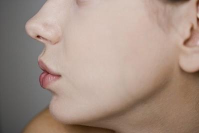 做鼻尖延长采用哪种软骨材料最佳