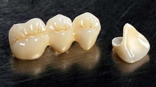 美容冠和烤瓷牙的作用有什么不同