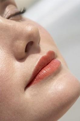 隆鼻整形采用哪种材料术后效果好