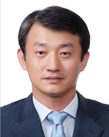 上海原辰眼整形专家刘正源