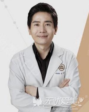 朴厚爽 韩国劳波尔整形医院院长