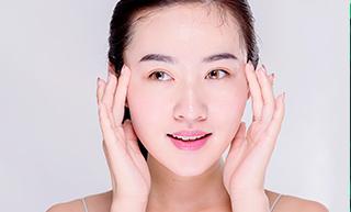 女人过了40岁上眼皮下垂 是重新割双眼皮还是做提眉手术呢?