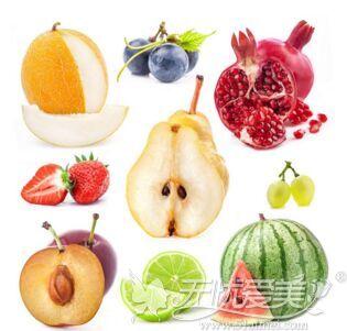 夏季整形后多吃瓜果补充维生素