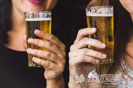喝酒对双眼皮手术的影响