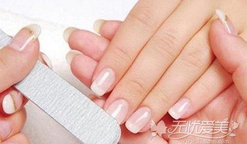 整形手术前要卸指甲是为什么