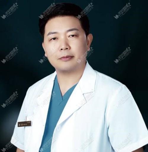 武汉同济的邓裴医生
